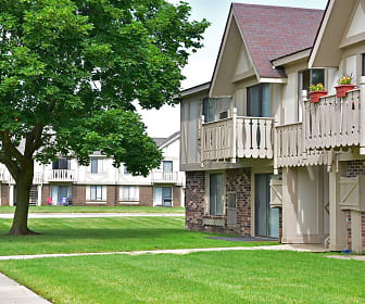 Great Oaks Apartments, Saint Anthony College of Nursing, IL