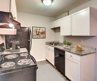 Kitchen, Enclave at Covington