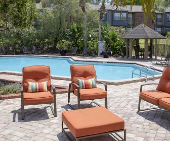 Pool, Tiffany Oaks