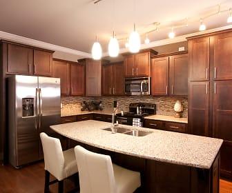 Kitchen, River Pointe North