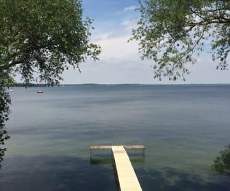 View, 222 E. Lakelawn Pl.