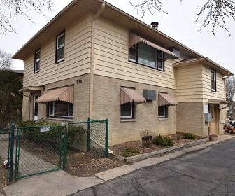 2501 Brentwood Pkwy #2, Brentwood Village, Madison, WI