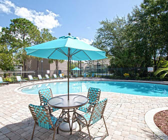 Pool, Pinewood Park Apartments