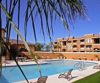 Pool, Colonia del Sol
