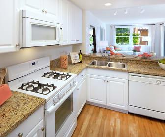 Kitchen, Sonoma at Oak Creek