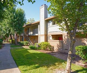 Heritage Oaks Apartments, Haggin Park, North Highlands, CA