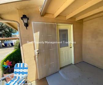 38110 10th Street East, Palmdale, CA