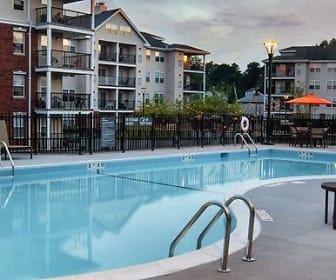 Pool, Avalon Mamaroneck