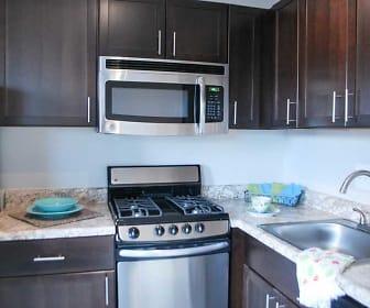 Kitchen, 611 Park Avenue