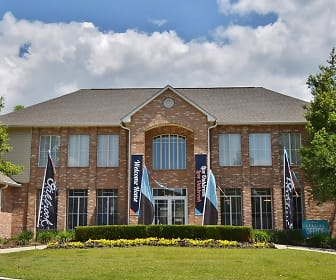 Oakbrook Apartments, Southwest Baton Rouge, Baton Rouge, LA