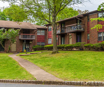Easton North Apartments, Edison, NJ
