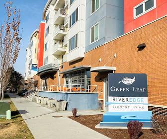 Community Signage, Green Leaf River Edge