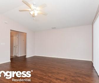 262 Cloverdale Rd, Inwood, FL
