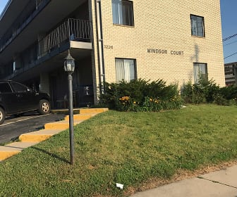 Windsor Court Apartments, Crossroads College, MN
