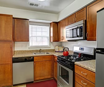 Middlebrooke Apartments and Townhomes, 21158, MD