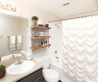Bathroom, Magnolia Crossing