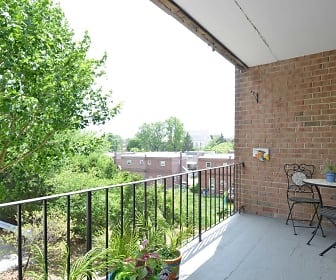 Patio / Deck, Lindenwood Apartments