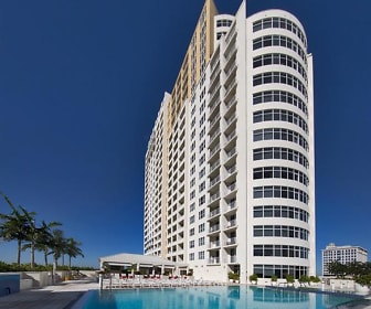 Pool, Amazing Views .. 4000 SW 1st Avenue