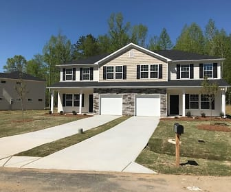 302 Village Creek Way, Mount Pleasant, NC