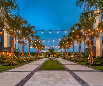 The Menlo, Palm Valley, FL