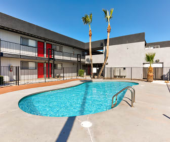 Pool, AZ Commons
