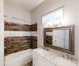 Room for Rent -  less than a minute walk to bus st, Ormewood Park, Atlanta, GA