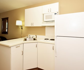 Kitchen, Furnished Studio - Jacksonville - Camp Lejeune