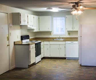 Kitchen, Brook Edge Apartments
