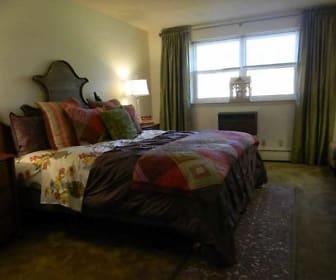 Bedroom, Antietam Arms