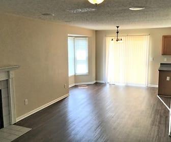 Living Room, 2678 Fernwood Avenue