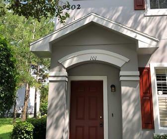 9502 W Park Village Dr Apt 101, Town N Country, FL