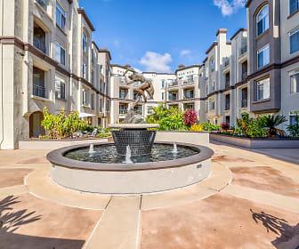Courtyard, Regents La Jolla