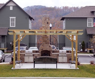 The Cottages of Boone - Per Bed Lease, Beech Mountain, NC