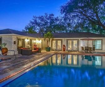 Pool, Avery Place Villas