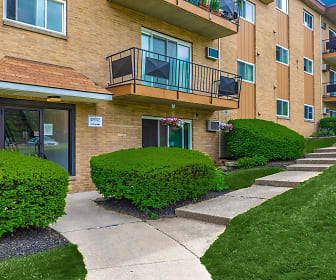 Park House Apartments, Mentor, OH