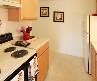 Kitchen, Bradford Manor Apartments