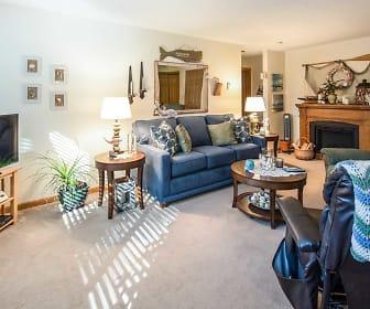 Living Room, Canda Manor