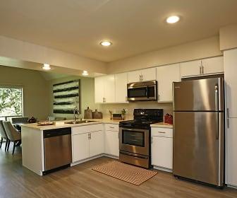 Kitchen, The Kontour at Kessler Park