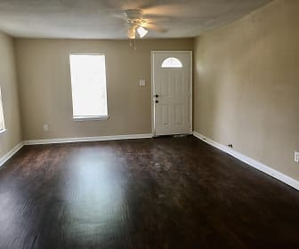 Living Room, 314 New Mexico St