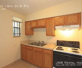 Kitchen, 1580 19Th St W #3