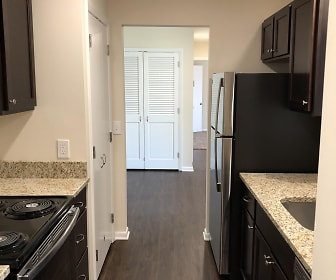 Kitchen, 331 W. Washington St. - 6