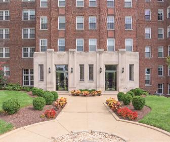 The Metropolitan Apartments, Sacred Heart School, Washington, DC