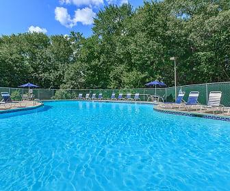 Cambridge Estates Apartments, Plainfield, CT