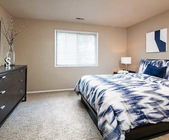 Bedroom, Spring Tree by Broadmoor