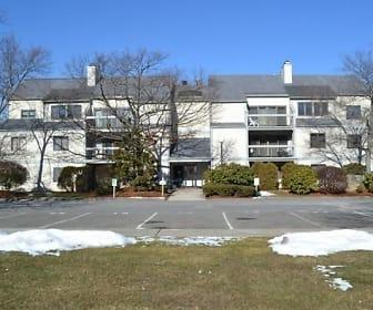 1100 Salem St Apt 103, Pickering Middle School, Lynn, MA