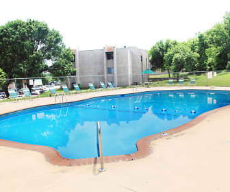 Sherwood Forest Apartments, 51503, IA