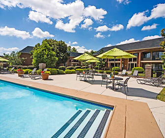 Pool, Hurstbourne Grand