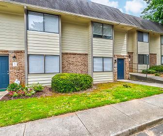 Brookfield Apartment Homes, Newborn, GA