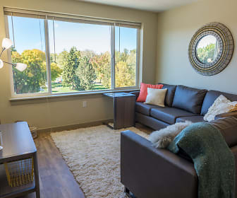 Living Room, Green Leaf River Edge