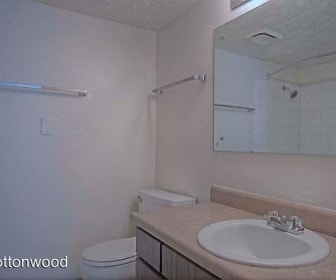Cottonwood Apartments, The West End, Council Bluffs, IA
